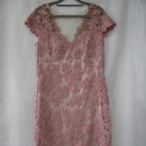 Tadashi Shoji 12 Lace Overlay Floral Fitted Dress